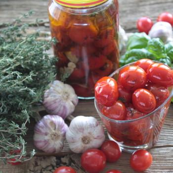 Pomidorki koktajlowe w oliwie