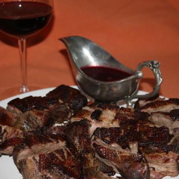 Pierś gęsi w winie