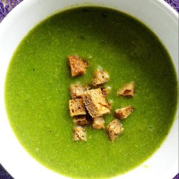 zupa krem z brokułów i porów