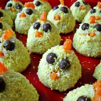 weganskie-kurczaczki-kokosowe-na-biszkoptach-na-wielkanoc