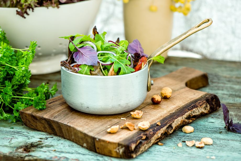 Salatka z rukoli i grillowanych boczniaków