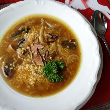 Zupa grzybowa z kaszą i białym winem2