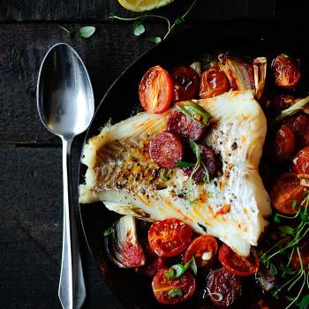 Dorsz-z-Chorizo-i-Pomidorkami-1