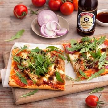 pizza z kurczakiem_czerwona cebula