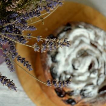 Ciasto drożdżowe z makiem i śliwkami 10