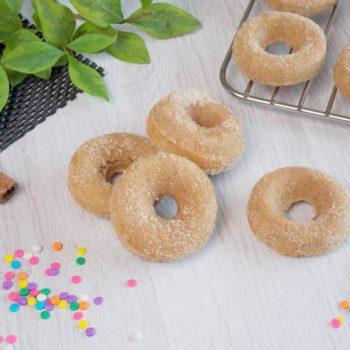 Doughnutsy-cynamonowe-pieczone