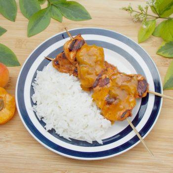 Grillowany-kurczak-z-pikantnym-sosem-morelowym