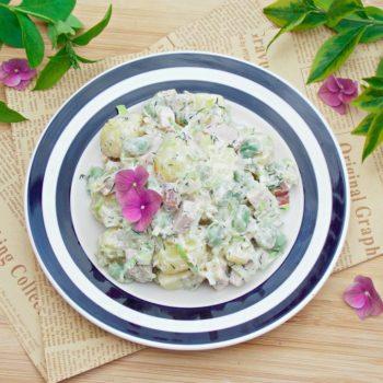 Sałatka-ziemniaczana-z-bobem-i-sosem-jogurtowo-musztardowym-960x721